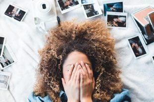 浮気をちょいバレされ、Instagramに匂わせる投稿をす女性